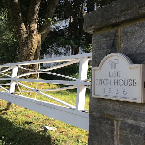 Fitch House Bed & Breakfast - Golding Suite - Mansfield - Penzion (B&B)