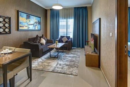 Luxurious 1 Bedroom Apartment Barsha Heights
