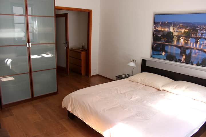 Mala Strana ~ Large Private Room + Bath w/ AC