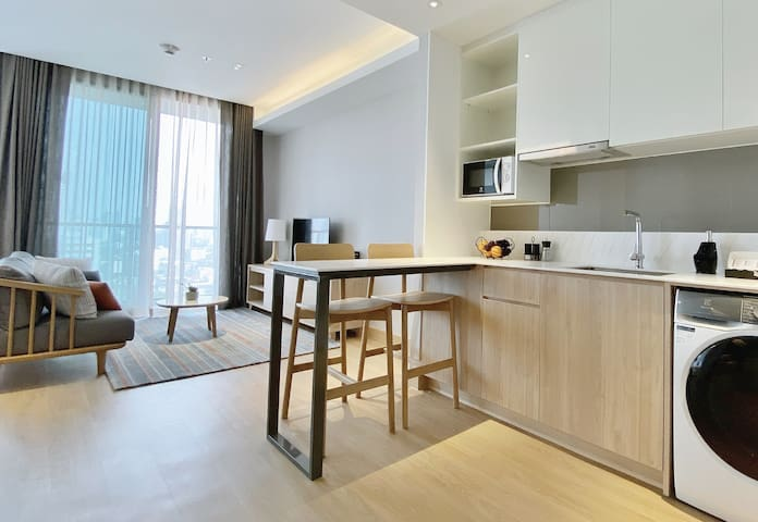 Studio Deluxe @ Oakwood Suites Bangkok