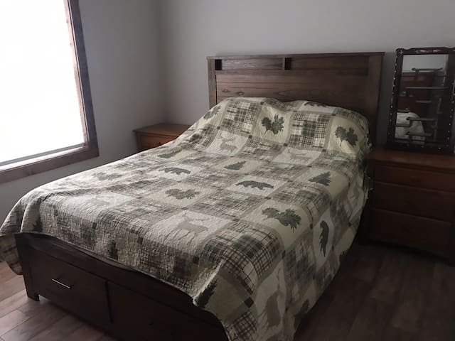 Brand new comfortable queen size bed and mattress