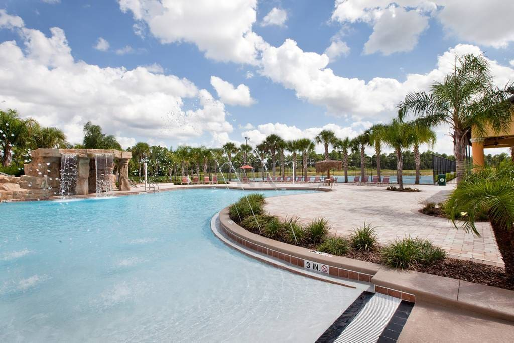 Resort Paradise Palm pool with free access during the stay
