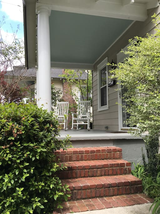 2 Bedroom Bungalow Downtown Charleston W Bikes Houses For Rent In Charleston South