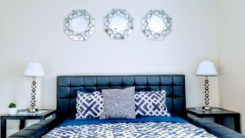 ModernLarge Private Bedroom In-Suite Bath⭐⭐⭐⭐⭐