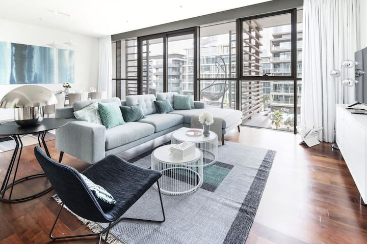 Stunning And Premium 3BR In The Heart Of City Walk
