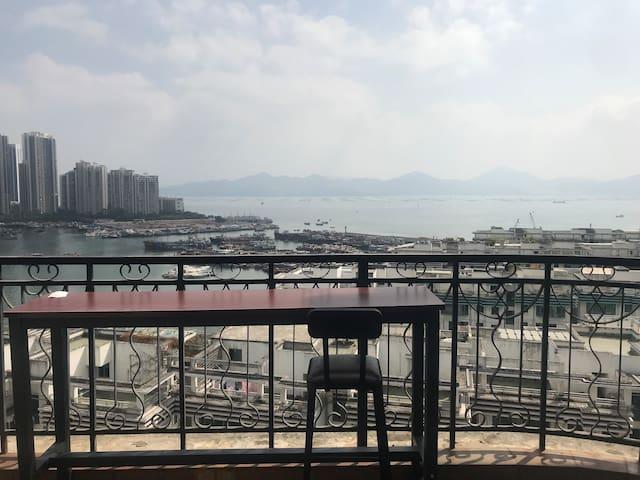 【room1 &狗屋】高层超大阳台海景/海上世界/海岸城/海雅缤纷/南山繁华地带