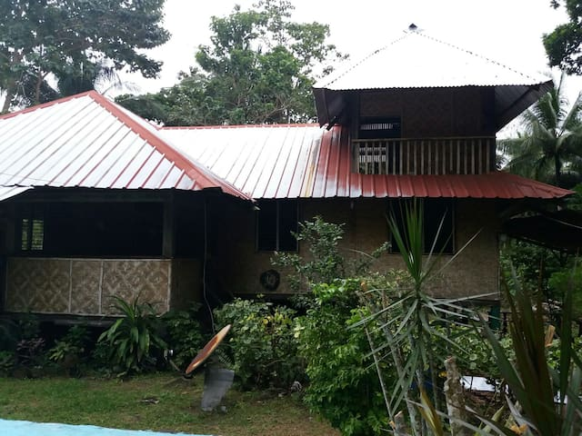 Nature.native house.refreshing.. - Mambajao - Hus