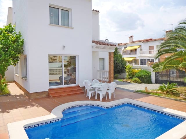 0143-PUIGMAL House with private pool