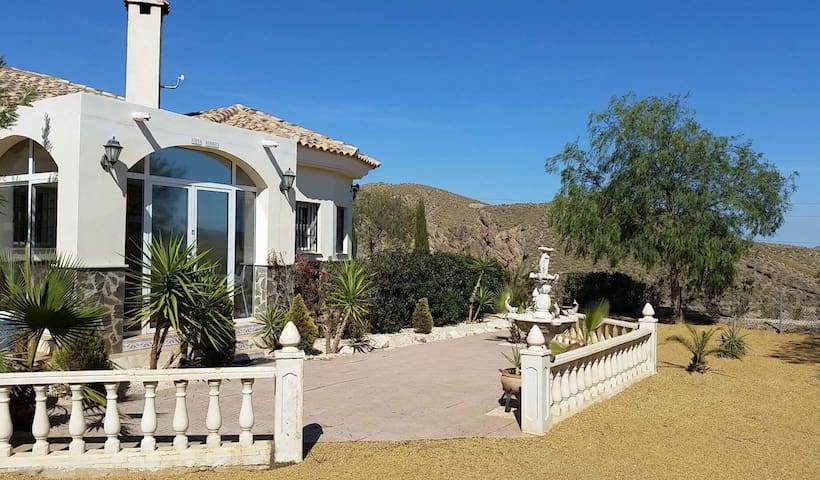 Villa Hermosa - Zurgena - Villa