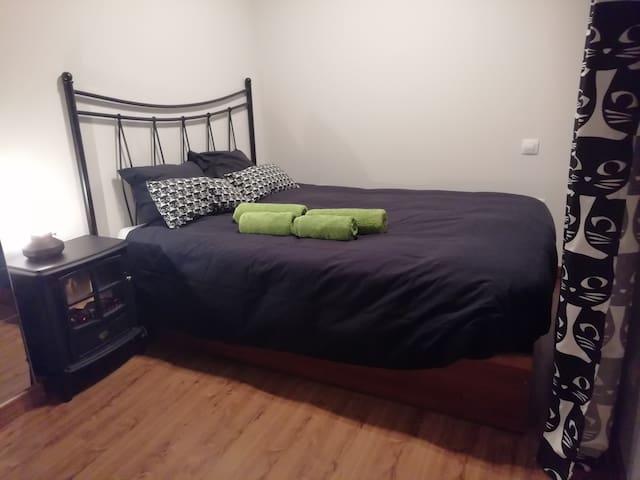 Habitación céntrica con cama grande