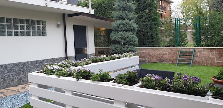 Small independent apartment in Milan North Area