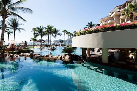 CABO—Ocean Front Villa La Estancia- Medano Beach!!