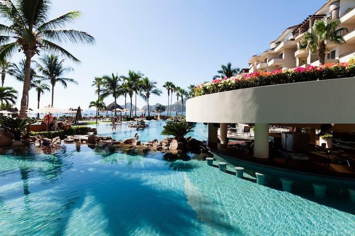 CABO—Ocean Front Villa La Estancia- Medano Beach!