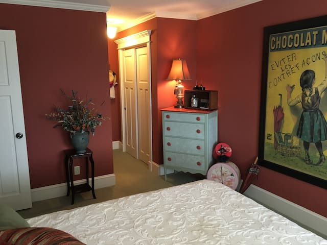 Bedroom in Country Home for the Eclipse