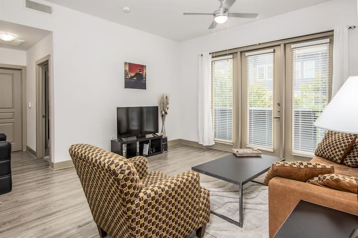 North Dallas AMAZING Price&Location | KING BED
