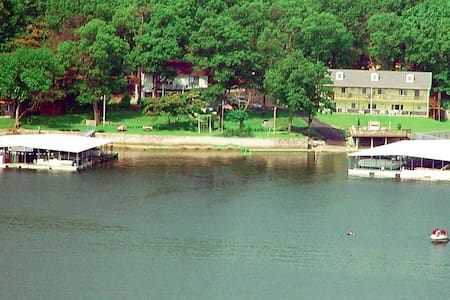 Grand Lake direct waterfront Home - Cleora