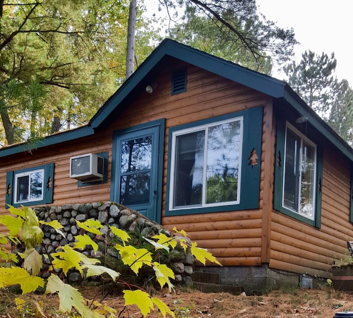 Private on the Water North woods Cabin Retreat