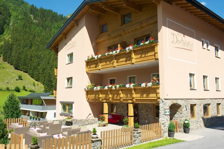 Pension Dorfplatzl - Bergromantik Comfort