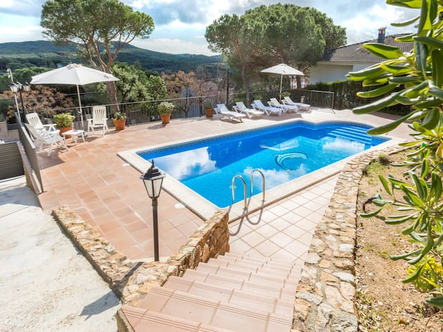 Places4stay Villa Carmen Blanes