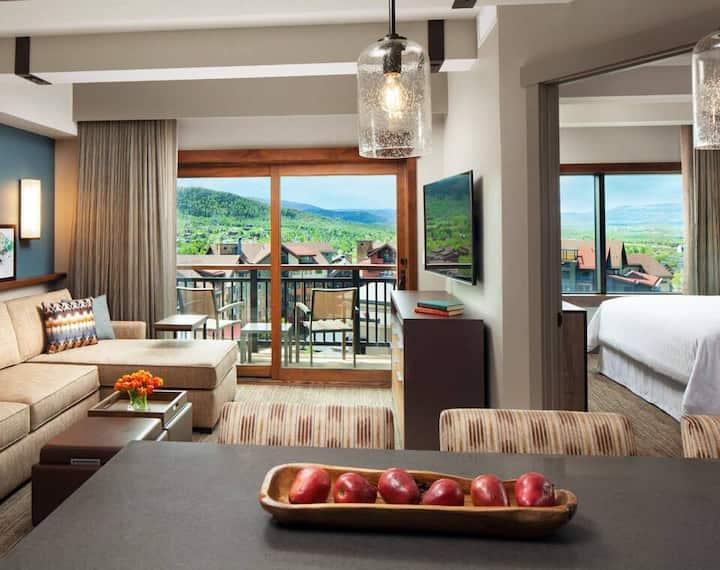 Sheraton Resort - Ski-in/out- 2 Bedroom- REDUCED!
