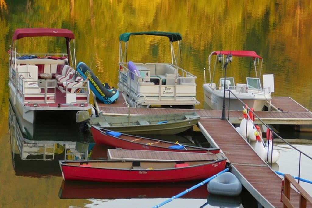 Our boats and canoes are located right on Lake Chatuge in Hiawasee Georgia.