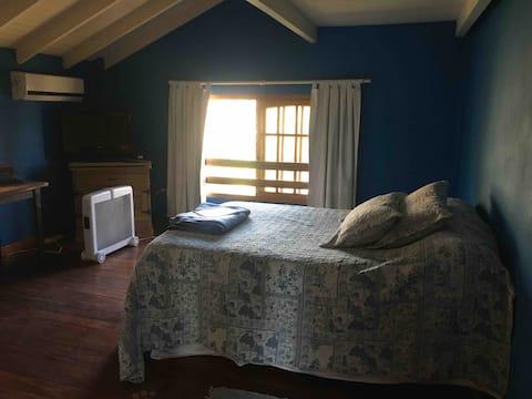 Un habitación en casa de campo