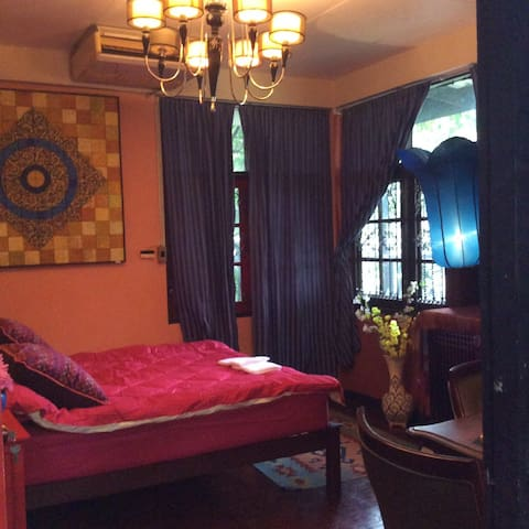 Guesthouse near historical attractions No. 2 - Bangkok