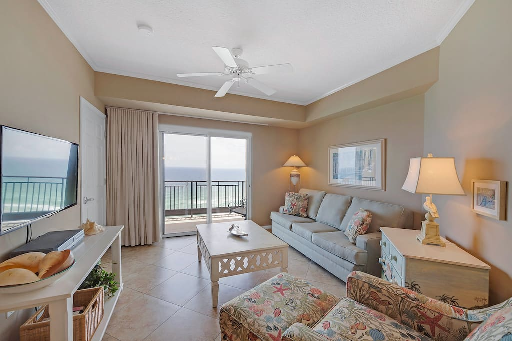 Spacious living area with incredible views!