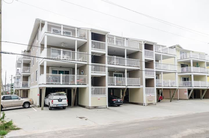 Life's a Beach-Experience life on Island Time in this 3 bedroom oceanview condo