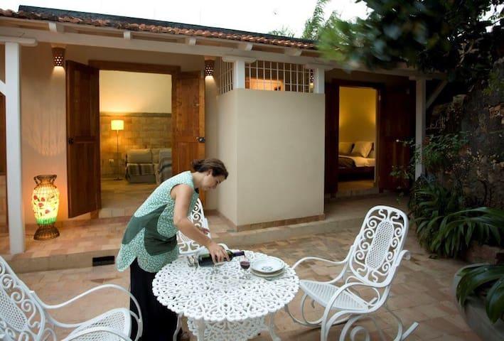 Casa Barmarin, a private patio in the old center