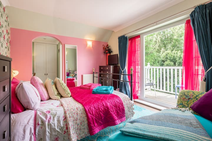 Apple Tree House, King room, En-Suite, Breakfast