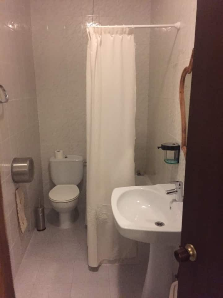 Fonda Molinero - Matrimonial. Baño privado. con Bañera - Tarifa estandar