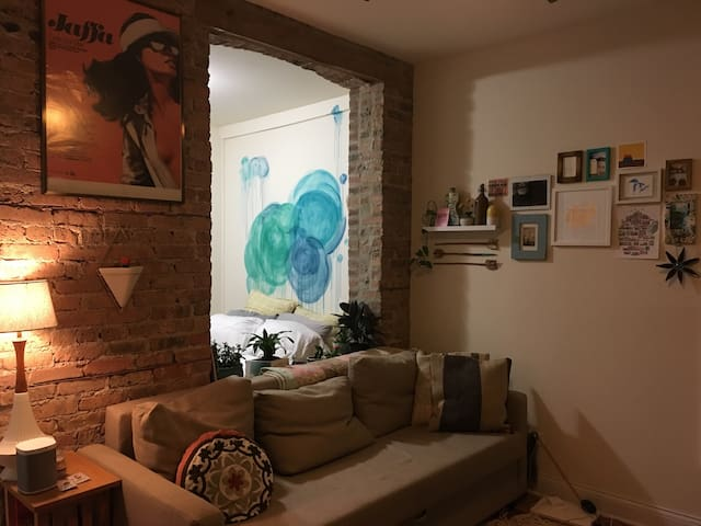 Stylish, cozy studio in Logan sq - Chicago - Apartamento