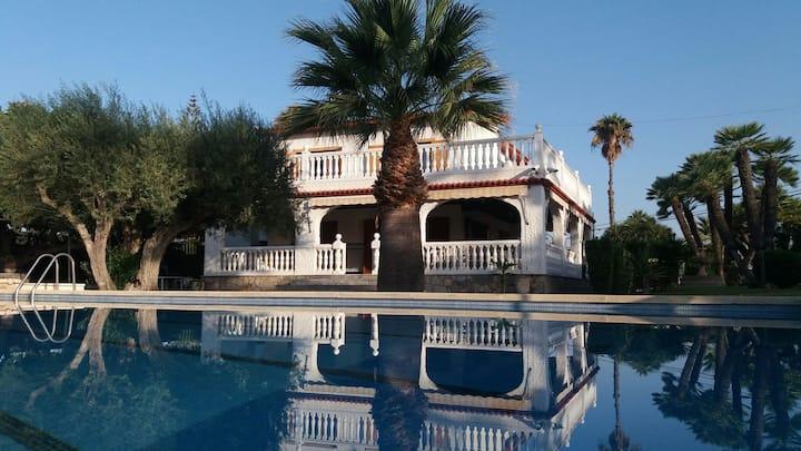 Votre propre villa privée méditerranéen