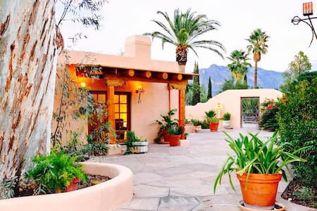 A Cowboy Hideaway on 5 Acres! - Tucson