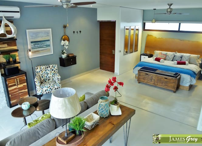 Stunning new loft on the Bahia Akumal golf course - Akumal - Condominio