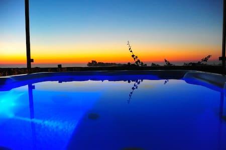 Luxury Ocean View Cottage Spa