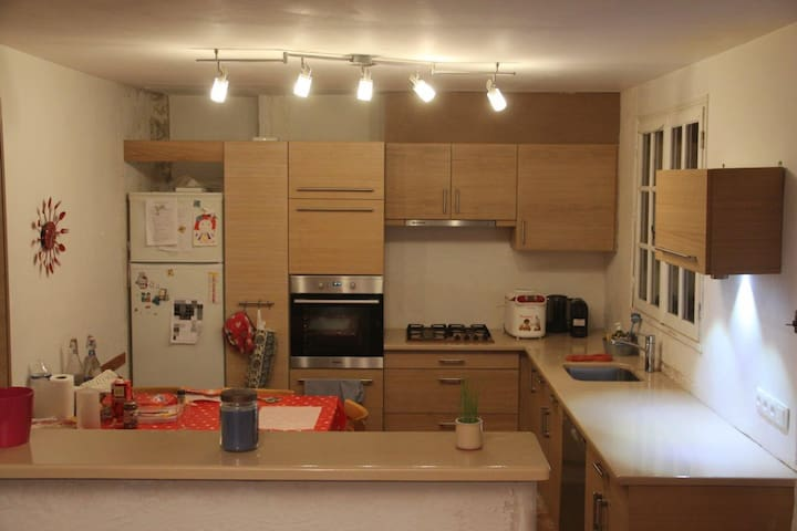Nice 4 bedrooms house nearby Cannes ! - La Roquette-sur-Siagne - House