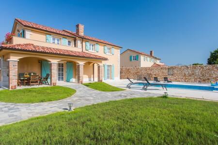 2 villas for 16 people - Krk island - Island Krk - Villa