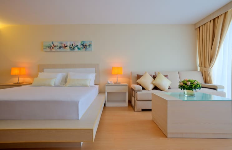 Studio King - Airbnb breakfast 2 pax