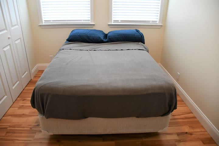 Bedroom #3 with one Full Bed