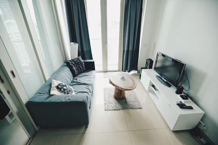 ☆Quirky & Modern Studio ☆3mins Walk to KLCC Only!