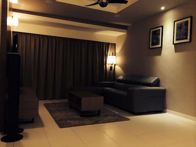 Idea Homestay舒适又温馨就像在家的感觉,享受家庭天伦之乐。 - Melaka - Pis