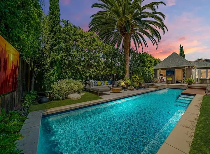 Villa with heated Pool & Spa - LA Oasis