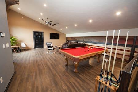 New Big Buck Lodge B - Jones Mills - Chalupa