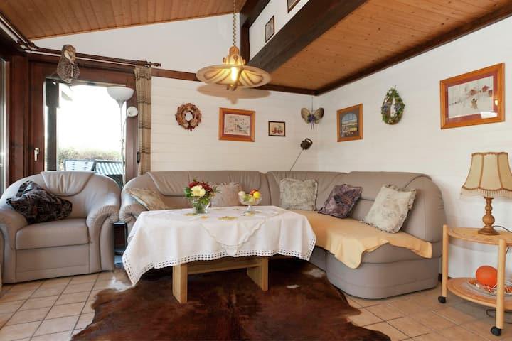 Verzorgd ingericht huis op zeer rustige locatie