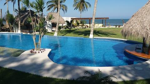 Casa Caracol by the beach in Costa Esmeralda, Ver