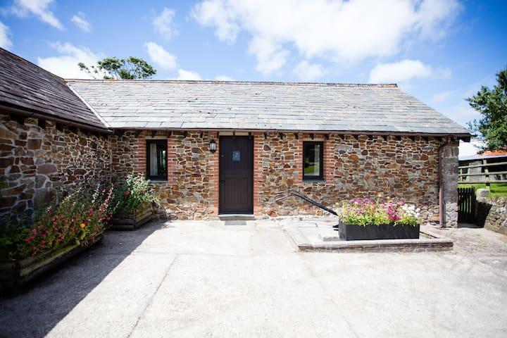 Kingfisher Cottage Sharlands Farm
