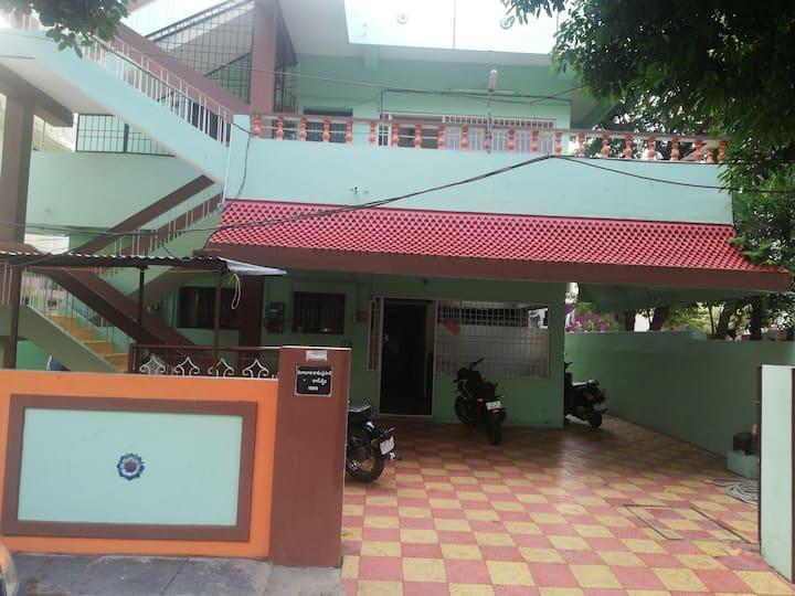 Delightful guest house near Benz Circel Vijayawada