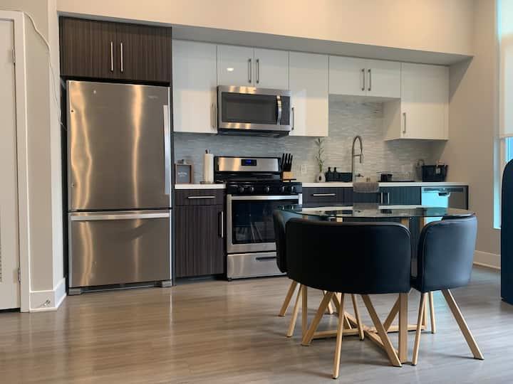 Irvine Luxurious Apartment